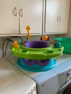 High Chair / Booster Seat with Food Tray for Sale in Claremont, CA