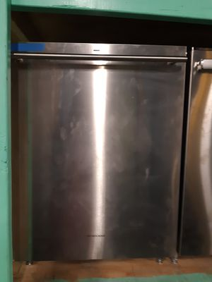 New scratch and dent monogram stainless steel dishwasher working perfectly 4 months warranty for Sale in Baltimore, MD