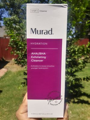 MURAD HYDRATION AHA / BHA EXFOLIATING CLEANSER for Sale in Stockton, CA