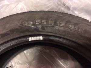 205/55r17 continental runflat tire set 75% thread for Sale in Portland, OR