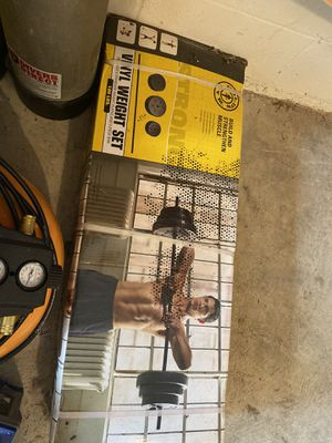 Vinyl weight set (100lbs) for Sale in Clermont, FL