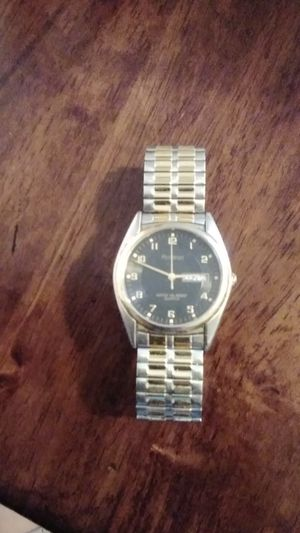 Base mental bezel stainless ess steal back 20/1143d for Sale in Arroyo Grande, CA