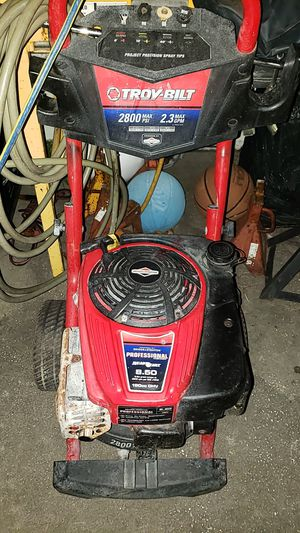 Pressure washer for Sale in Kissimmee, FL