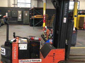 Walk Behind Forklift (Toyota) for Sale in SeaTac,  WA