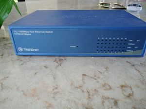 trendnet te100-s16e plus for Sale in Kenosha, WI