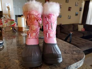 Little girl snowboots negative 40゚ weather for Sale in Arlington, TX