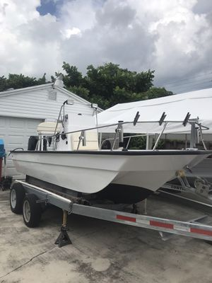 17' Bay Boat for Sale in Hollywood, FL