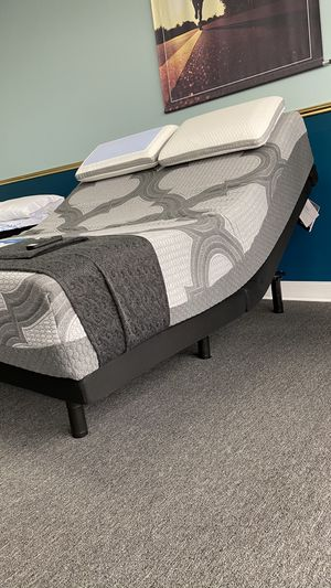 Queen Adjustable Base include Head Back and leg Tilt with wireless remote JN08 for Sale in Irving, TX