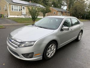 2011 Ford Fusion Se 4 cyl 169k miles runs looks excellent for Sale in Fairfield, CT