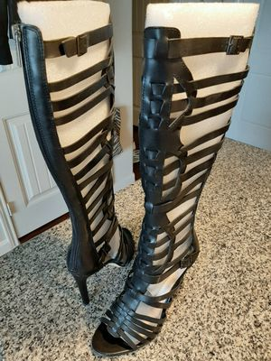 Vince Camuto leather boot, size 9 1/2 for Sale in Lewisville, TX