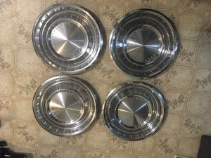 """14"""" Lincoln Continental hub caps for Sale in Seattle, WA"""