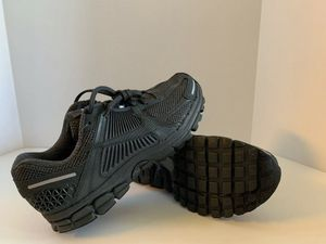 NIKE ZOOM VOMERO 5 SP ANTHRACITE - BV1358-002 - NEW - Men's Size 10 for Sale in Los Angeles, CA