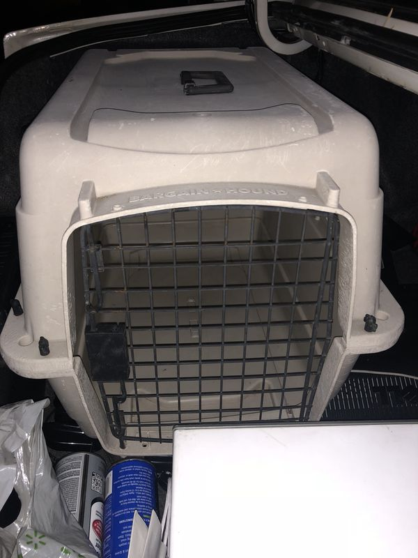Dog or cat crate