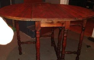 Table w/ Folding Leaves for Sale in Butte, MT
