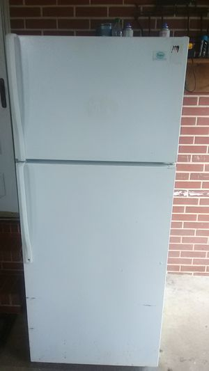 Very nice frigerator Roper by whirlpool for Sale in Chester, GA