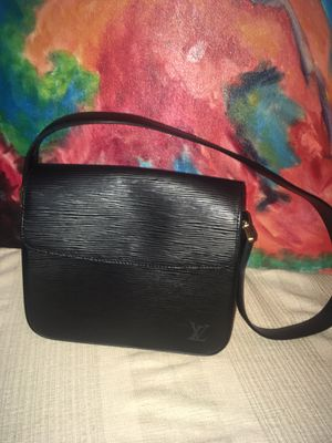 Louis Vuitton shoulder bag Authentic for Sale in Murfreesboro, TN