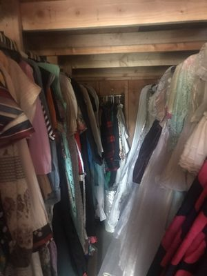 Vintage Clothing Wholesale Inventory for Sale in Vernon, AZ