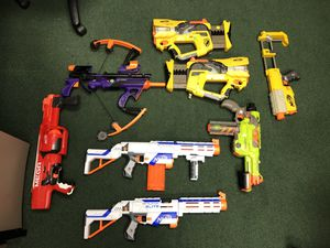 Lot of Nerf Guns of all Sizes Small Medium Large Pistol Rifle for Sale in Hollywood, FL