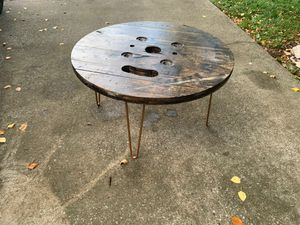 Reclaimed spool coffee table for Sale in Franklin, TN