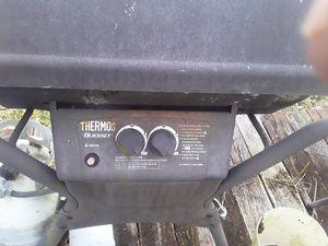 Propane bbq grill for Sale in Detroit, MI