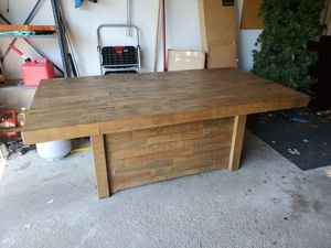 Dining table for Sale in Dublin, OH