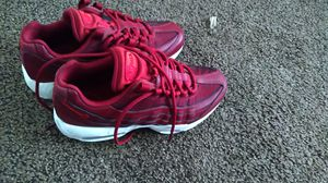 Women 6 Nike air max for Sale in Atlanta, GA