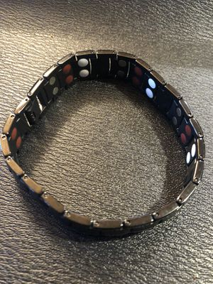 Magnetic bracelet for Sale in Mukilteo, WA