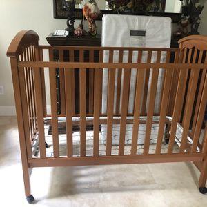 Crib for Sale in Encinitas, CA