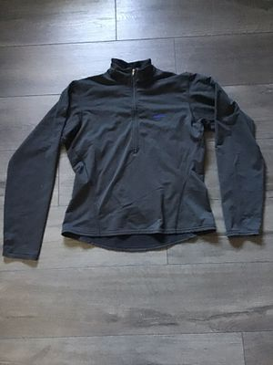 Women's Patagonia top for Sale in Madera, CA