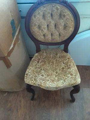 Set of four antique chairs for Sale in Mableton, GA