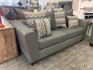 Grey sofa and loveseat set for Sale in Arlington, TX