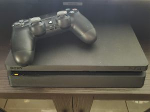 Sony Playstation 4 (w/ 1Controller & 3 Games) for Sale in Orlando, FL