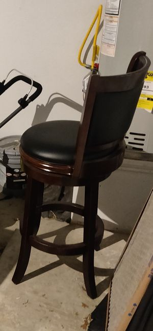 Swivel bar stool for Sale in Keller, TX