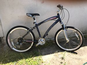 Schwinn midtown aluminum bike 21 sp for Sale in Rolling Hills Estates, CA