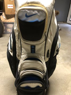 Taylormade Speed blades and Nike bag for Sale in Hesperia, CA