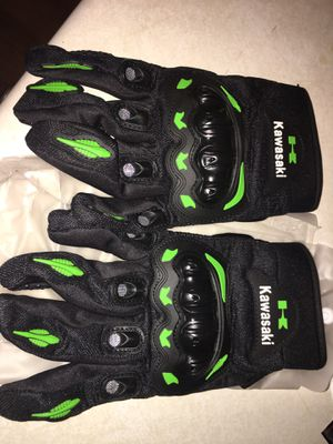 New Kawasaki motorcycle gloves for Sale in Buckeye, AZ