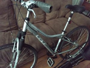 2 BIKES FOR 100 $$Specialized rockhopper and hybrid gt for 100$ for Sale in Chicago, IL