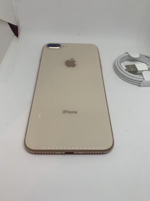 iPhone 8 Plus Gold 64 GB AT&T/Cricket for Sale in Miami, FL