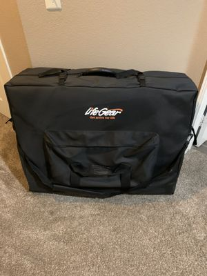 Massage table with carry bag, like new for Sale in Corona, CA