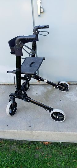 walker. Ultralight weight. Rolling Mobility Rollator. for Sale in Santa Ana,  CA