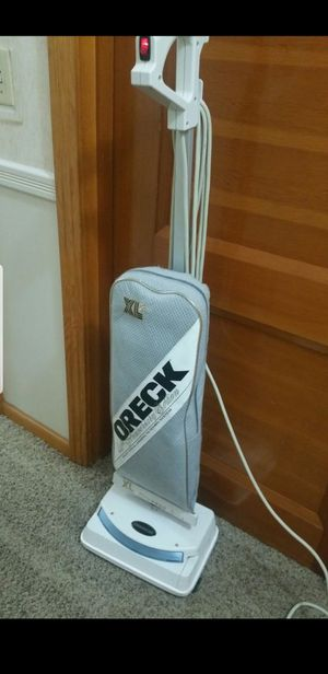 Excellent shape Commercial Oreck Vacuum for Sale in Nashville, TN