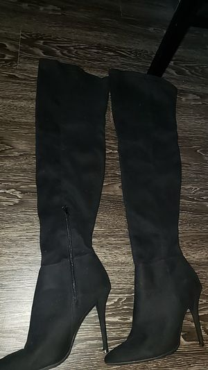 Thigh high Winter Boots Size 9 for Sale in Houston, TX