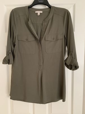 olive green blouse for Sale in Corona, CA