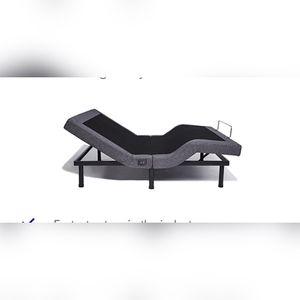 NECTAR ADJUSTABLE Motion Bed Frame Base(split King) for Sale in Cleveland, OH