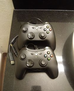 2 wired Xbox one controllers $25 each for Sale in Riverside, CA
