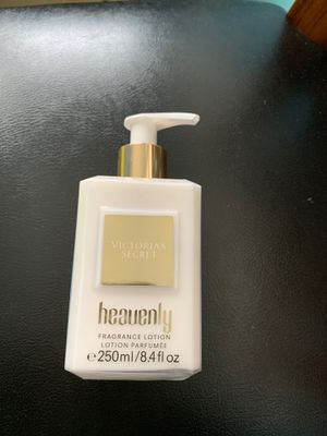 Victoria's secret heavenly fragrance lotion for Sale in Glen Ellyn, IL