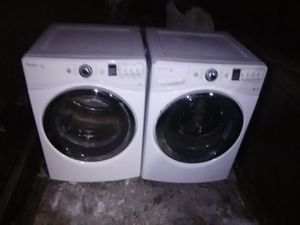 Whirlpool duet steam washer and dryer for Sale in Salt Lake City, UT