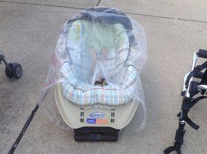 Graco baby car seat for Sale in Champaign, IL