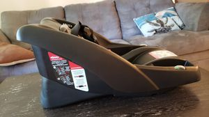 Britax B-Safe Infant Car Seat Base Kit for Sale in Poway, CA