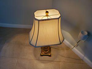 LAMP. LAMPARA for Sale in Lawrenceville, GA